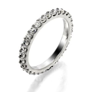 Picture of Shared prong eternity band