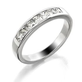 Picture of Channel set band princess cut stones