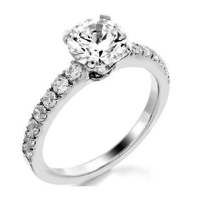 Picture of Solitaire with accents one row split prong
