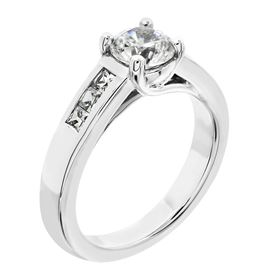 Picture of Solitaire with one row channel set princess cut