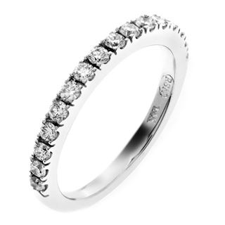 Picture of Split prong half way wedding band 2